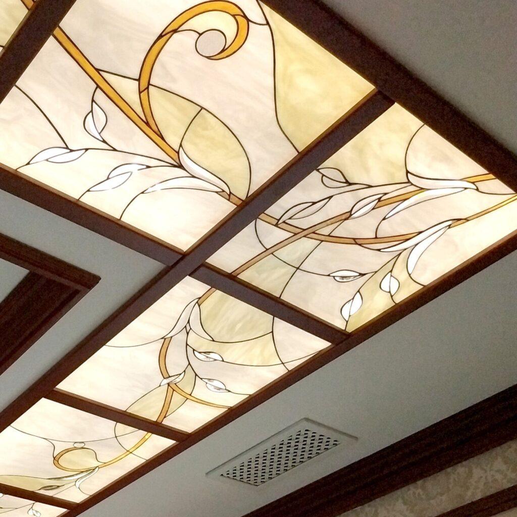 бевеля (хрустали) в витражном потолке